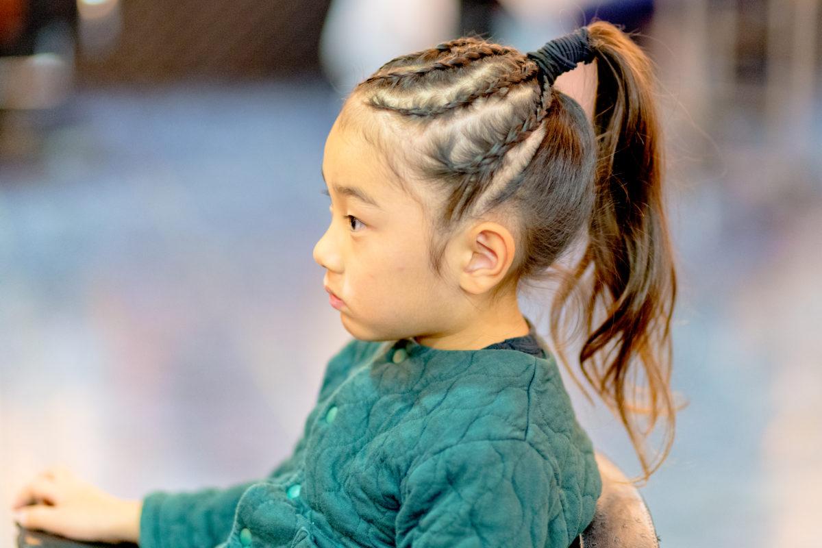 シークレットミラーズで和装に合うヘアースタイルに 七五三の同伴出張写真撮影